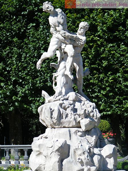 Salzburg-Gradinile-de-la-Palatul-Mirabell