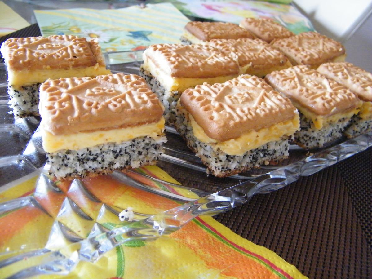 Prăjitură cu mac și vanilie