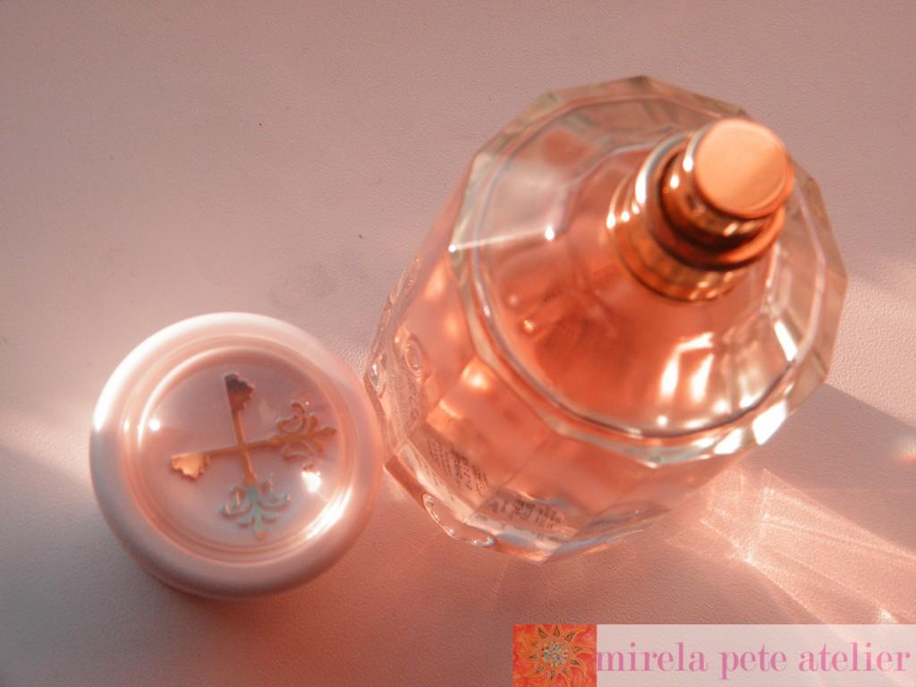lady avebury mirela perfume